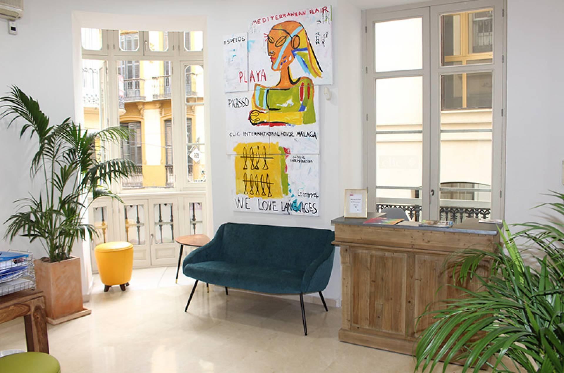 Clic Málaga Extralingo Compare Language Schools Read Reviews And Book With 5 20